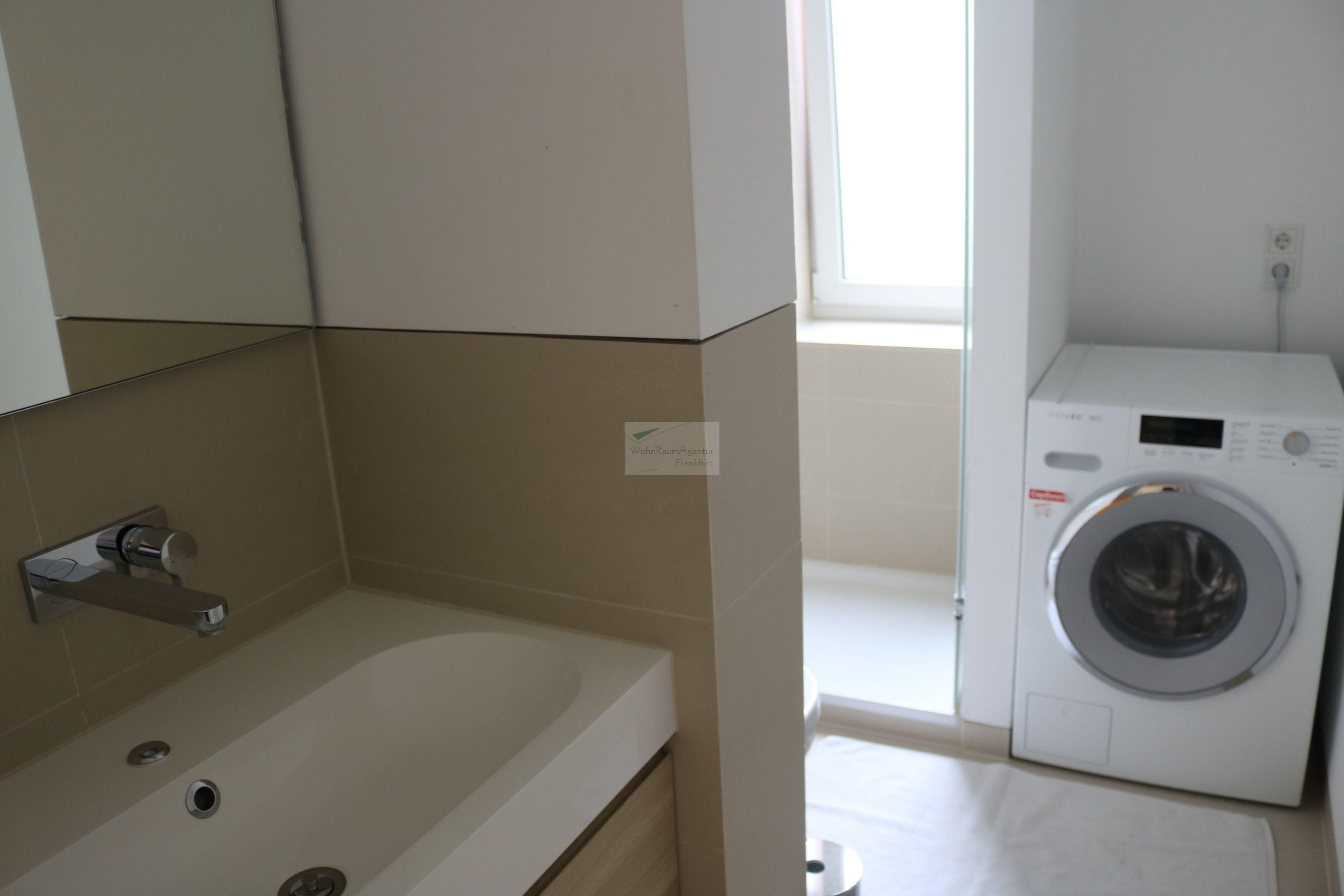 frankfurt innenstadt 4 zimmer wohnung 4772 wohnraumagentur. Black Bedroom Furniture Sets. Home Design Ideas