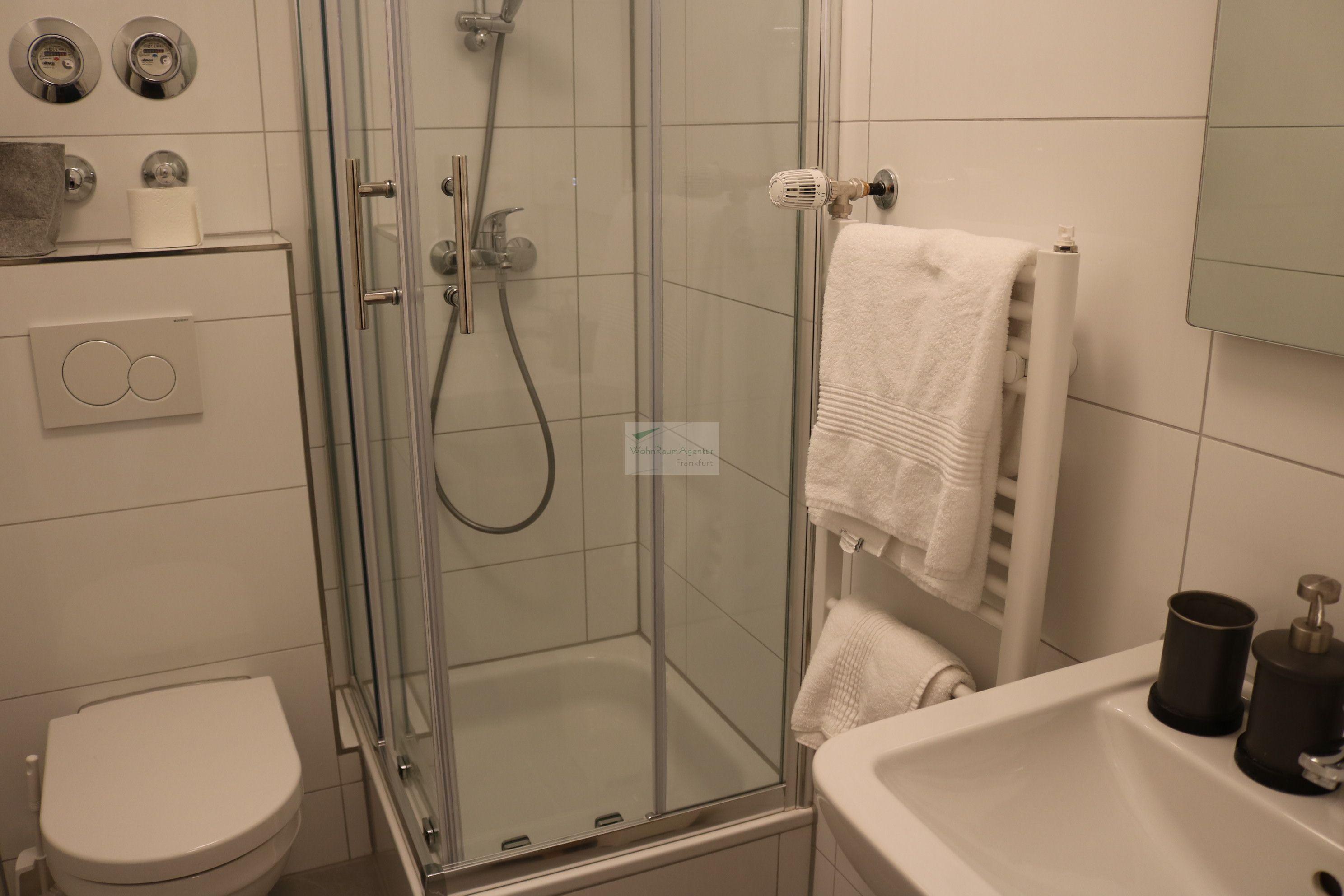 frankfurt westend 1 zimmer wohnung 4869 wohnraumagentur. Black Bedroom Furniture Sets. Home Design Ideas